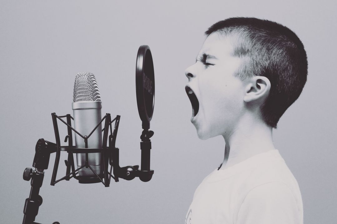 Microphone Boy Studio Free Photo
