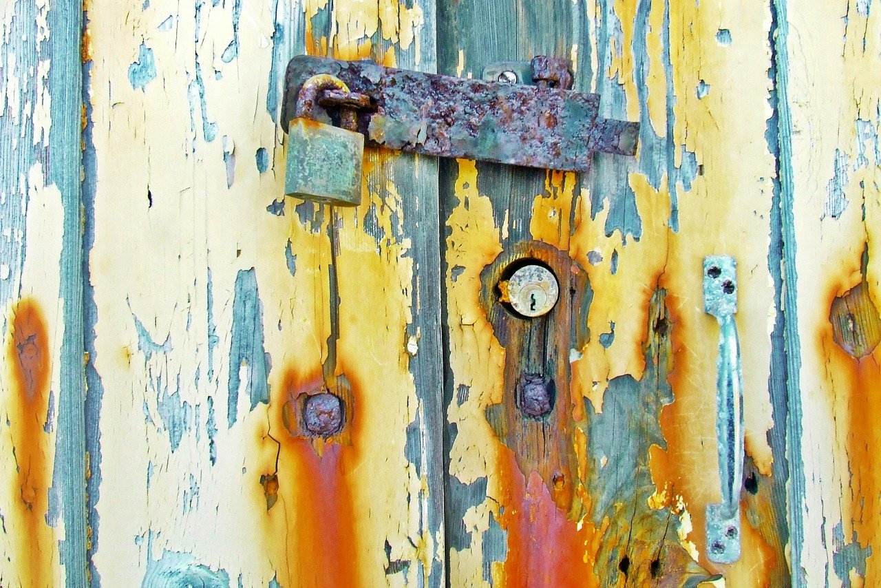 FREE latch image