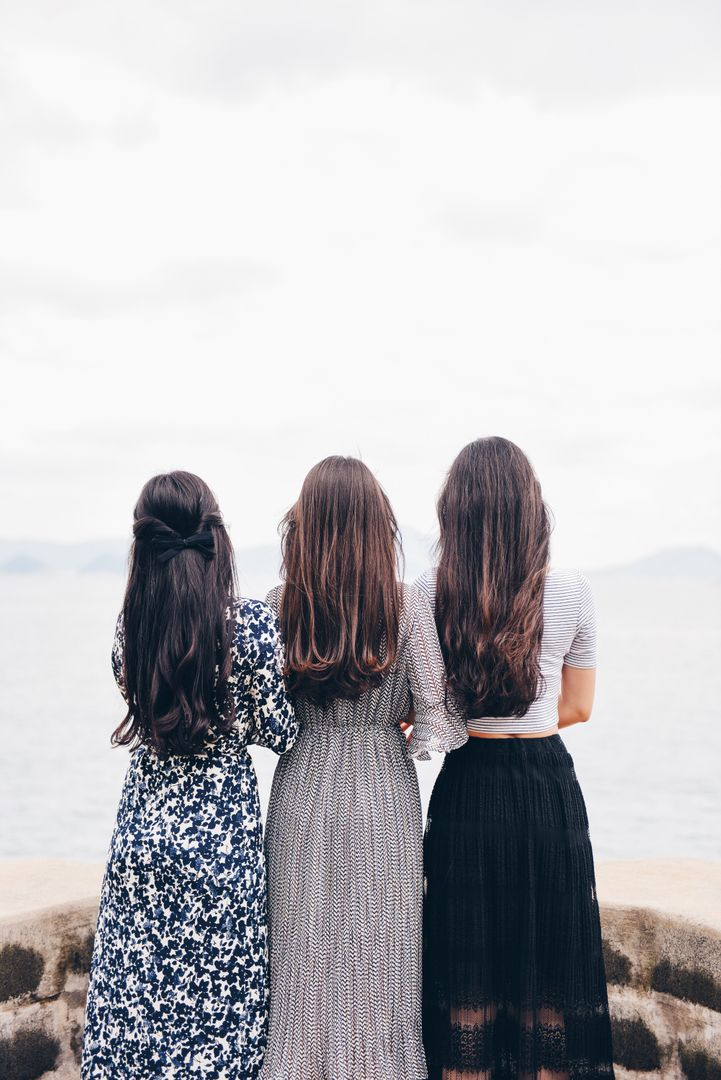 Image 8 How To Start A Fashion Blog - Three women with long dresses.
