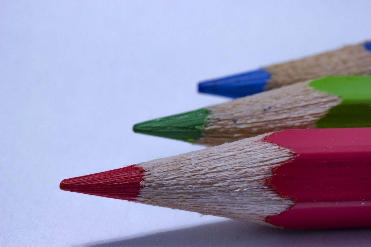 FREE pencil Stock Photos from PikWizard