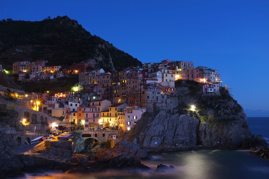 Image of an Italian Village at the bay