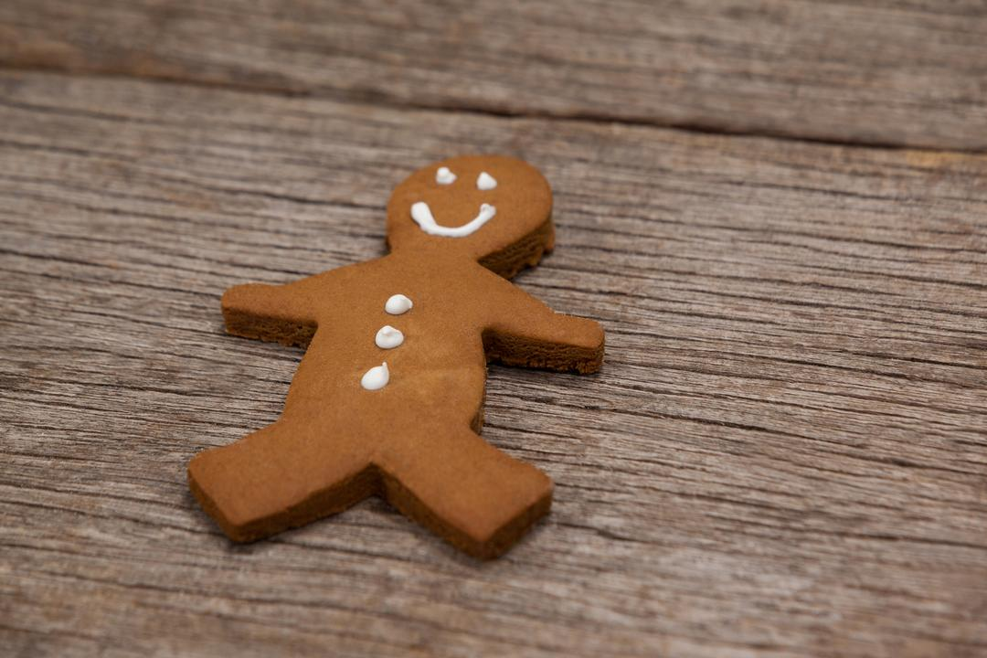 Close-up of gingerbread on a plank