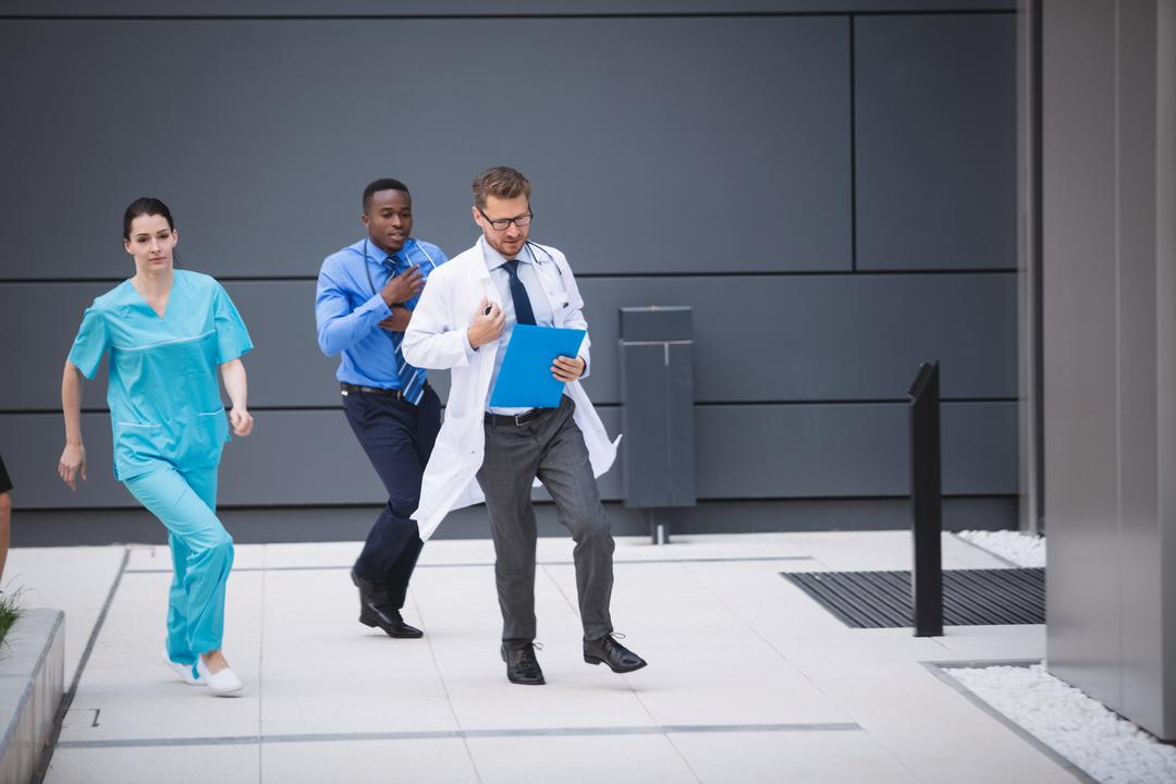 Doctors and nurses rushing for emergency in hospital premises Free Stock Images from PikWizard