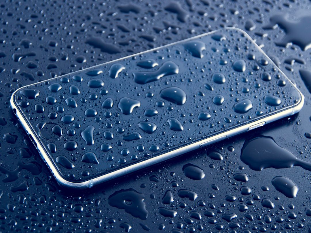Phone Water Drops