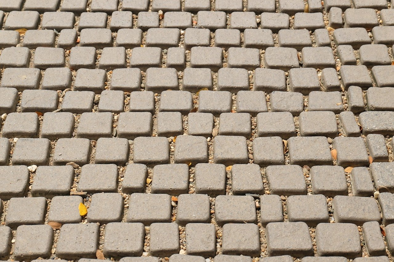 FREE cobble Stock Photos from PikWizard