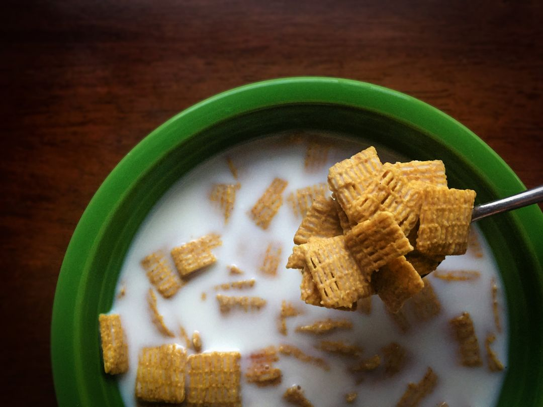 Cereal cereal bowl bowl milk