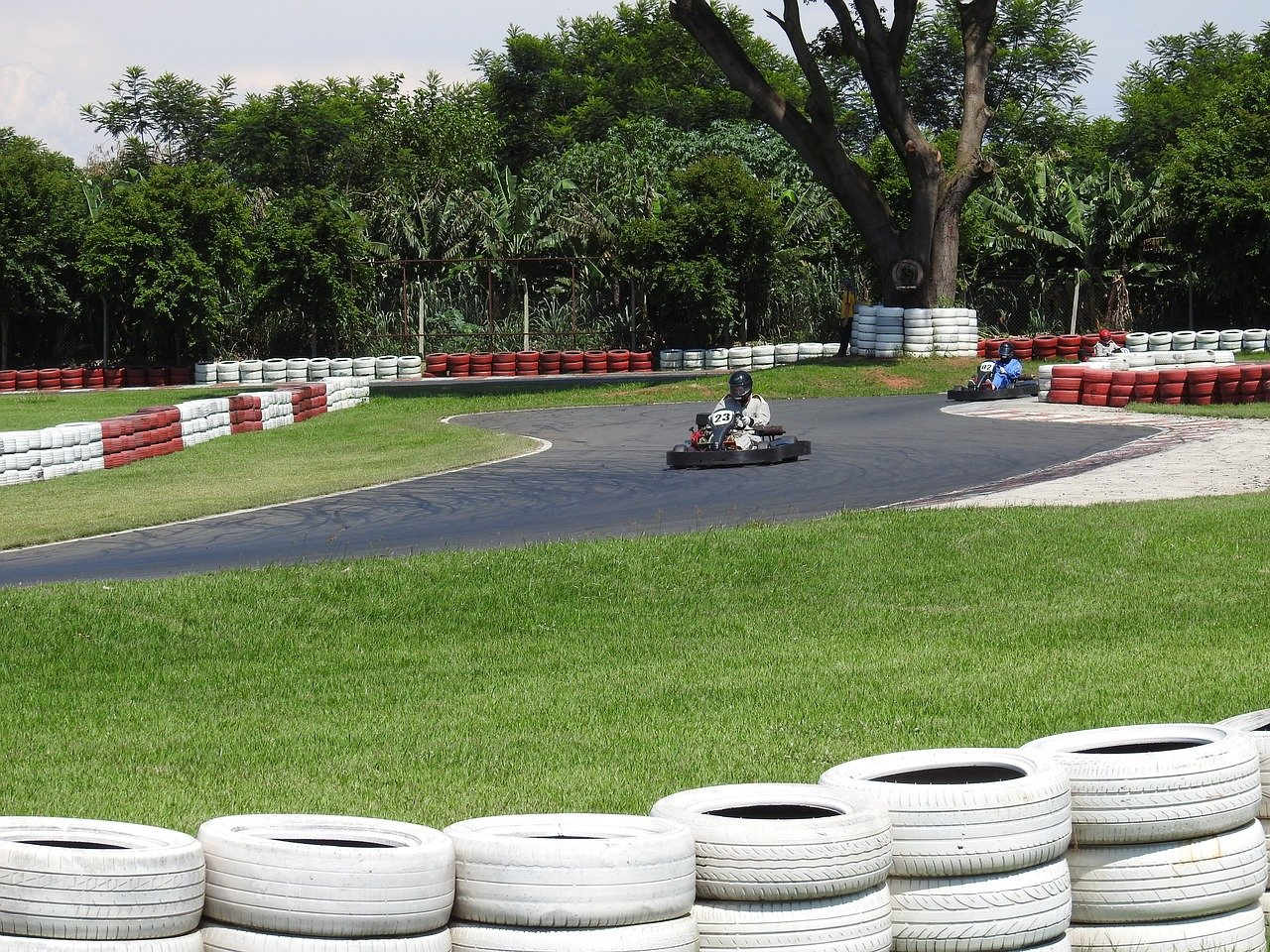 FREE go-kart Stock Photos from PikWizard
