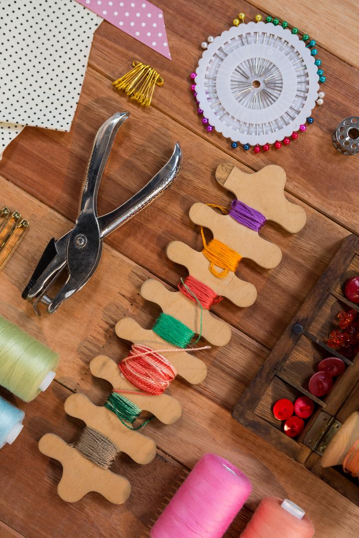 Various types of sewing tools