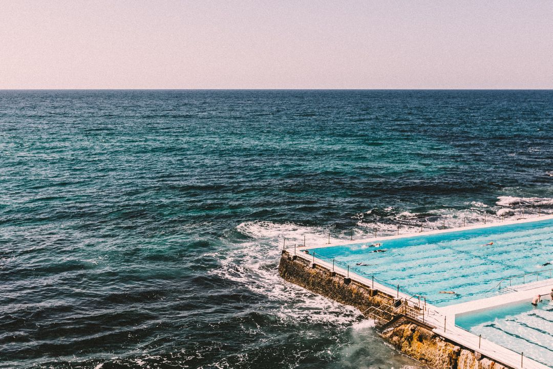 Image of a Swimming Pool next to the Sea