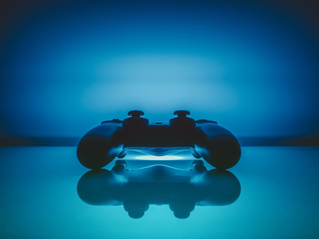 Reflection playstation pad gaming Free Stock Images from PikWizard