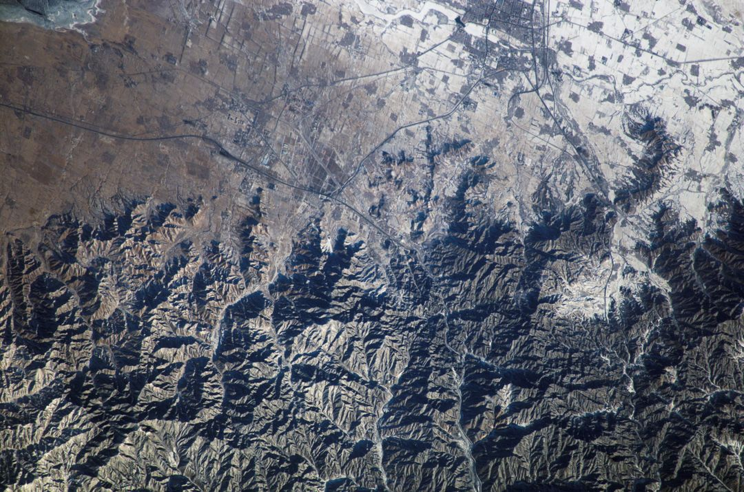 ISS010-E-18338 (20 February 2005) --- The Great Wall of China and Inner Mongolia are featured in this image photographed by an Expedition 10 crewmember on the International Space Station.